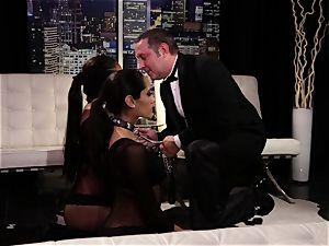 Adriana Luna and Chloe Amour play fabulous subs