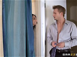 immense titted Ava Addams cheats in the shower