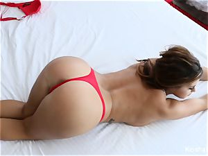 dark-haired hottie Keisha Grey rails fuck-stick on the couch