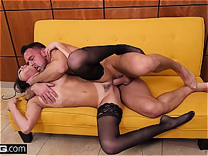 penetrate hard-core Ariana Marie tempts with her taut cunny