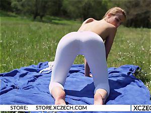 Yoga with Alexis Crystal - XCZECH.com