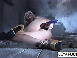 Leya Falcon stuffs sex fucktoys in both her slots