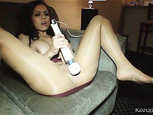 ample knockers Yuri Luv toying With vibrator