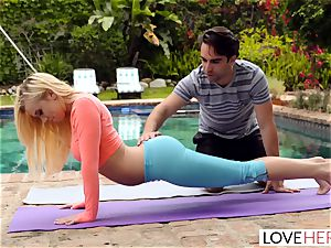 LoveHerFeet - foot worshiping Yoga Class