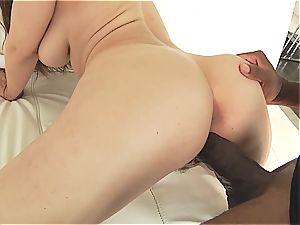 Lena's orgasmic booty splaying on Mandingo's pillar