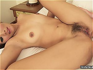 meaty jizz-shotgun is reserved for her wide open cooter in sofa