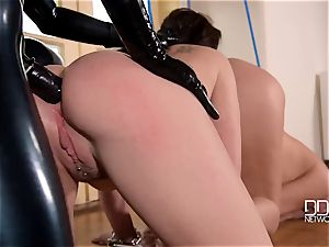 latex headmistress spandex Lucy penalizes her slave's culos