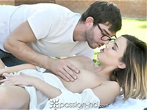 PASSION-HD yummy Sunny Day nail with Dillion Harper