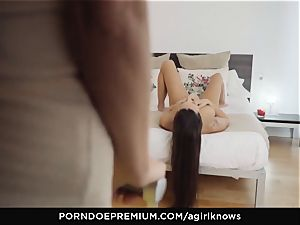 A woman KNOWS - Mea Melone in strong girl/girl hook-up