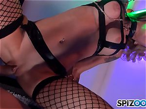 super-naughty Sarah Jessie tongues on fuck-stick and has her vagina violated into