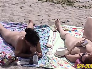 nude Beach cougar unexperienced hidden cam Close Up cooter And bum