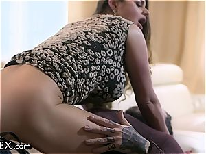 Hungarian cougar rails her playmate