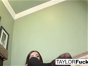 Taylor Vixen Looks additional warm In ebony pantyhose