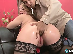 Brandi Sparks, enormous butt phat ass white girl, bootylicious Gettig drilled