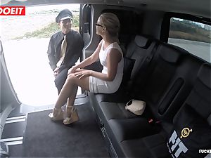 Czech client Vinna Reed gets poked in taxi