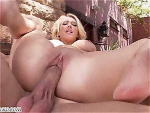 obscene big-boobed blondie Kagney Linn Karter gets romped outdoor