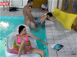 LETSDOEIT - son plows StepMom And sis At The Pool