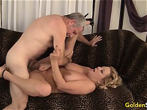 granny takes a huge pipe and cum in her jaws